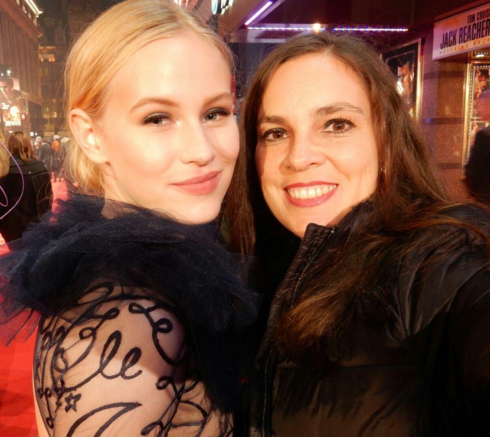 Isabella meets Danika Yarosh Jack Reacher: Never Go Back London Premiere